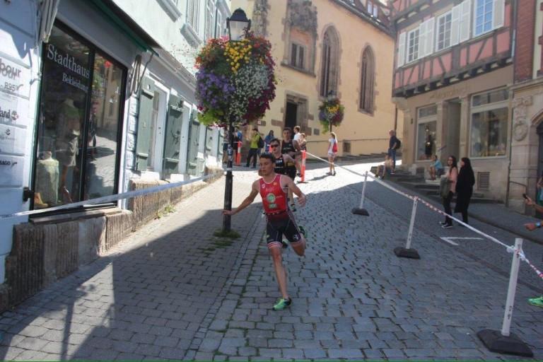 Tobi Kisling springt in Göttingen aufs Podest
